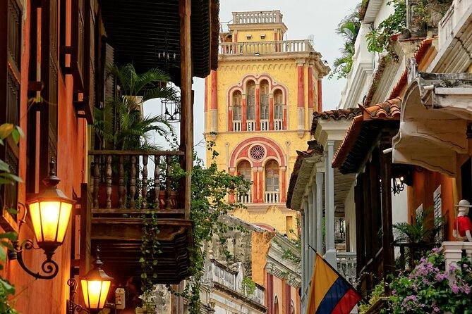 Half Day City Tour of Cartagena with Graffiti Tour