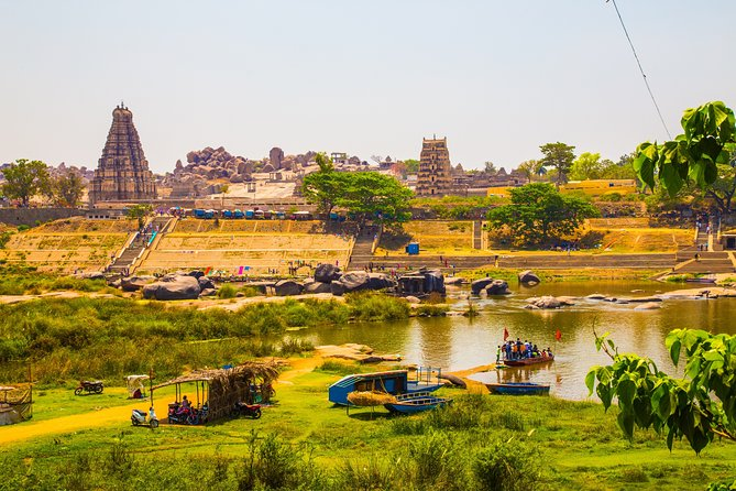 Highlights of Hampi (Guided Halfday Sightseeing Tour by Car from Hosapete)