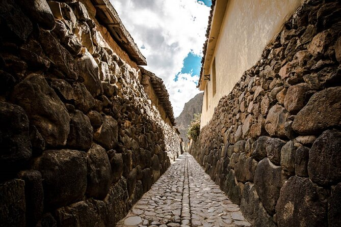 Pisac Market & Archaeological Center and Ollantaytambo Fortress Private Tour