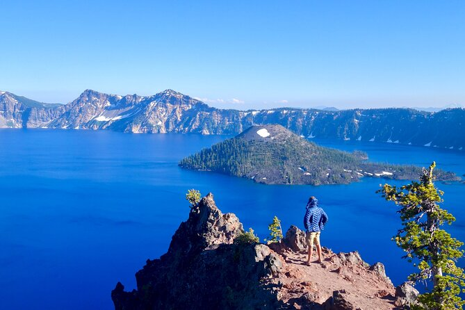 Crater Lake from Eugene Round-trip Bus Tickets