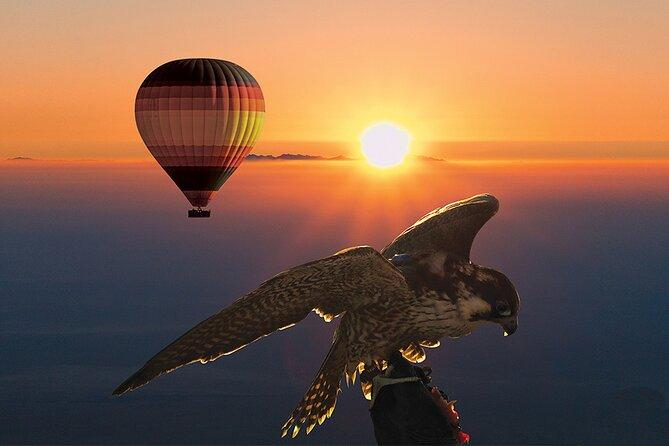 Amazing Hot Air Balloon With Beautiful Desert Sunrise View
