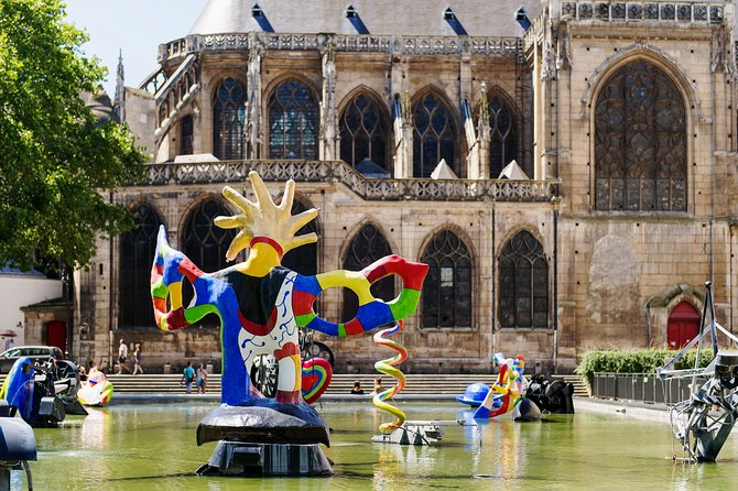 Paris Private Family Tour - City Highlights & the Best Museum for Kids