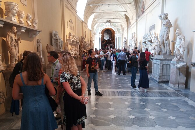 Vatican Highlights Tour: SkipTheLine with Expert Guide