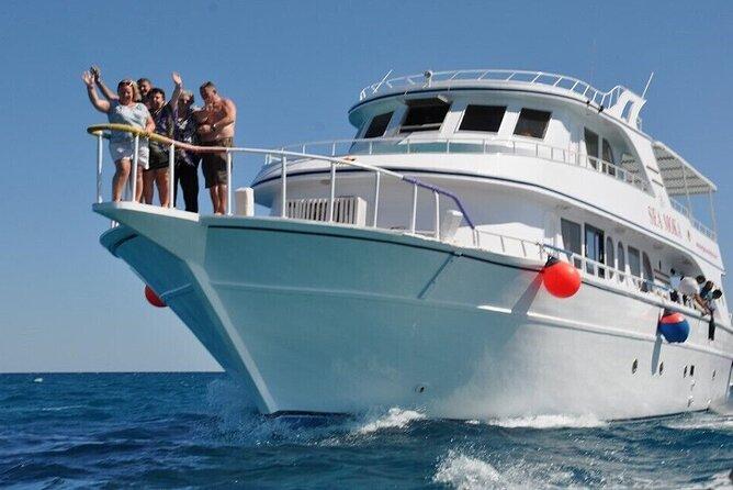 From Hurghada-Giftun island,boat