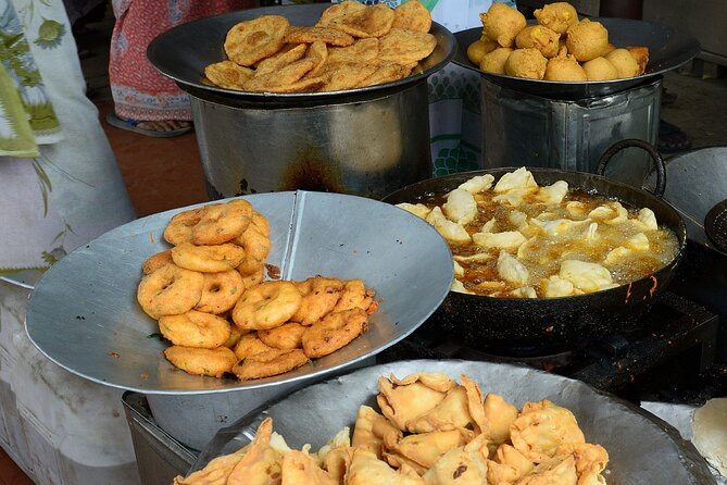 Mysore Street Food Crawl (2 Hours Guided Local Food Tasting Tour)