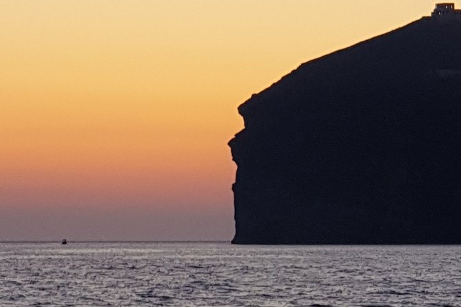 Santorini Caldera Sailing Cruise on a Luxury Yacht