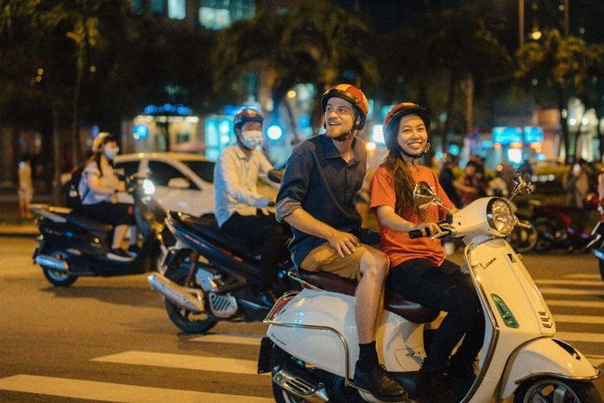 Ho Chi Minh Nightlife by scooter