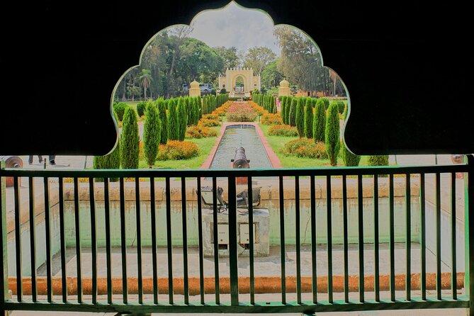 Day Trip to Brindavan Gardens & Srirangapatna (Guided Sightseeing Tour by Car)
