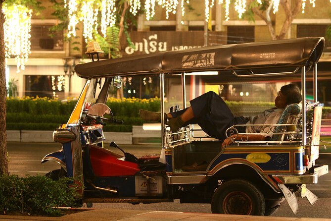 VIP Tuk Tuk Experience – Bangkok under the star