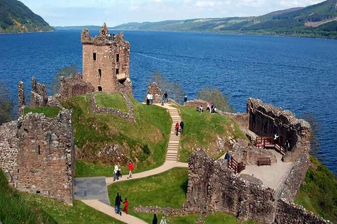 Urquhart Castle, Culloden, Loch Ness, Inverness, incl. Outlander sites