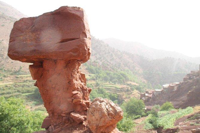 Trekking in Morocco 4 days trek descover Atlas Mountains peaks From Marrakech