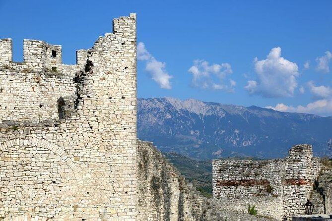 A visit to Berat Castle and Onufri Museum with lunch