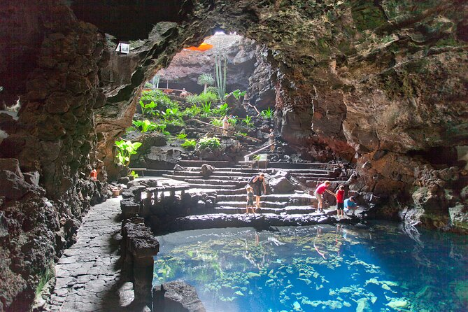 Private 4-hour Tour of Jameos del Agua and Cueva de los Verdes in Lanzarote
