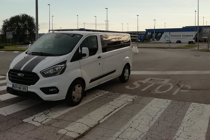 Small-Group Transfer from Trieste Airport to Trieste City