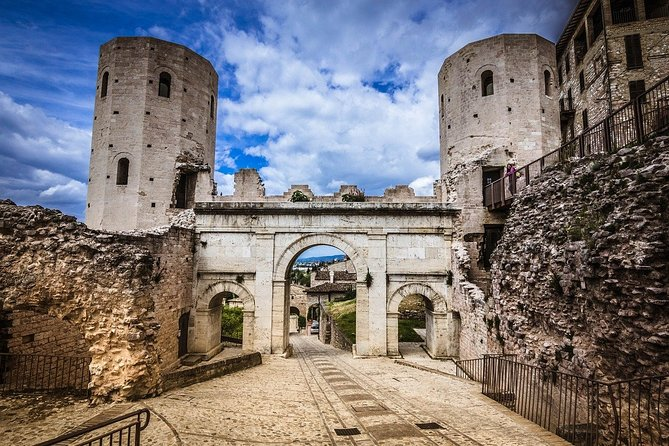 Spello, Roman mosaics and Renaissance masterpieces – Private Tour