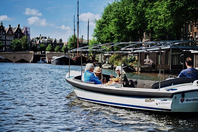 Private 2-hour Amsterdam Canal Tour