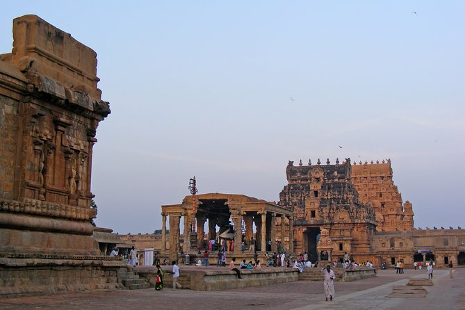 Day Trip to Thanjavur (Guided Sightseeing Tour by Car from Madurai)