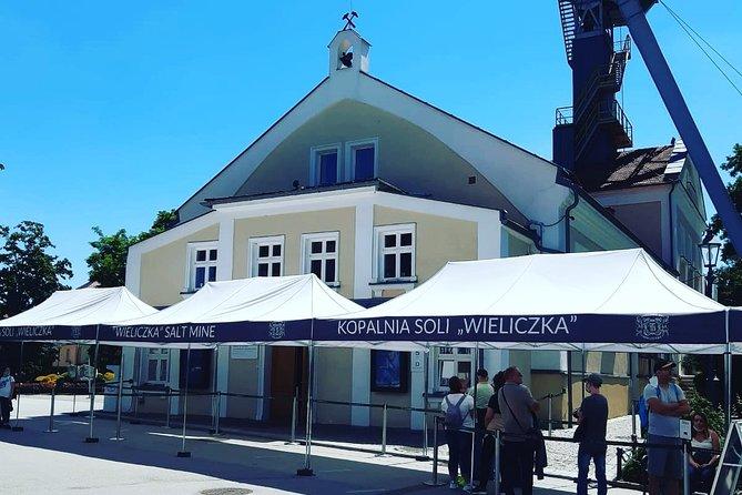 Salt Mine in Wieliczka guided tour from Krakow