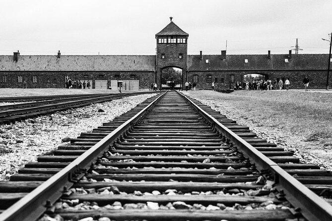 Auschwitz-Birkenau Private tour without ticket