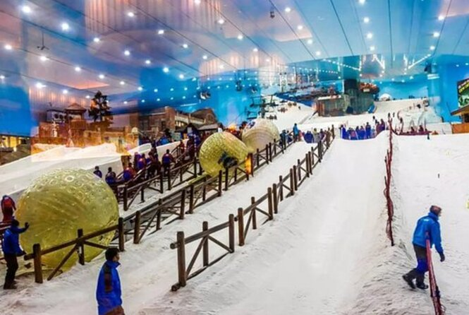 Enjoy Tour to Ski Dubai & Entrance Tickets