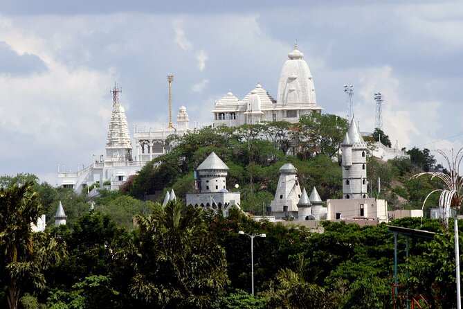 Spiritual Trails of Hyderabad (2 Hours Guided Temples Walking Tour)