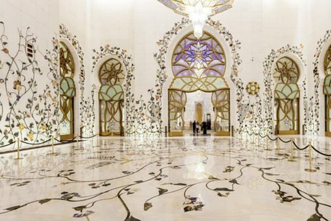 Enjoy Private Day Tour Of Abu Dhabi From Dubai