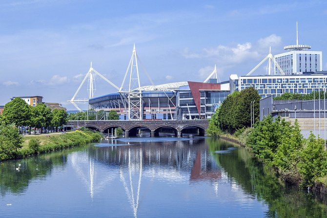 Private Walking Half-Day Walking Tour of Cardiff