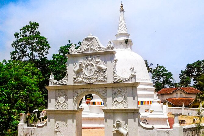Hidden temples and Secluded Coastlines Tour from Koggala