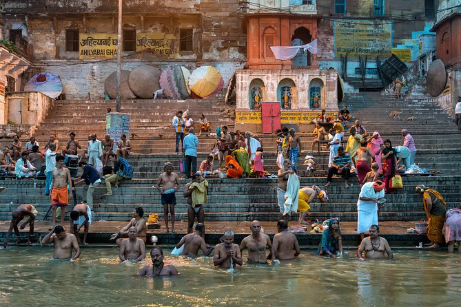Guided Walking Tour of Lord of the City Shiva