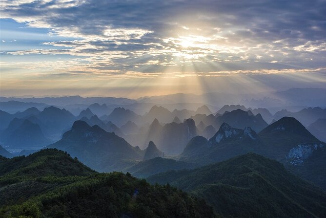 Guilin Private Day Trip to Daxu Ancient Town and Yaoshan Mountain