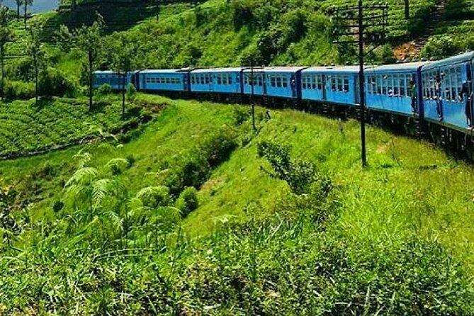 "Colombo to Badulla train ride on (Train No: 1005 ""Podi Menike"")"