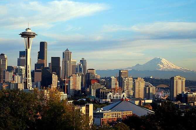 Private 3-hour City Tour of Seattle with driver/guide - Hotel or port pick up