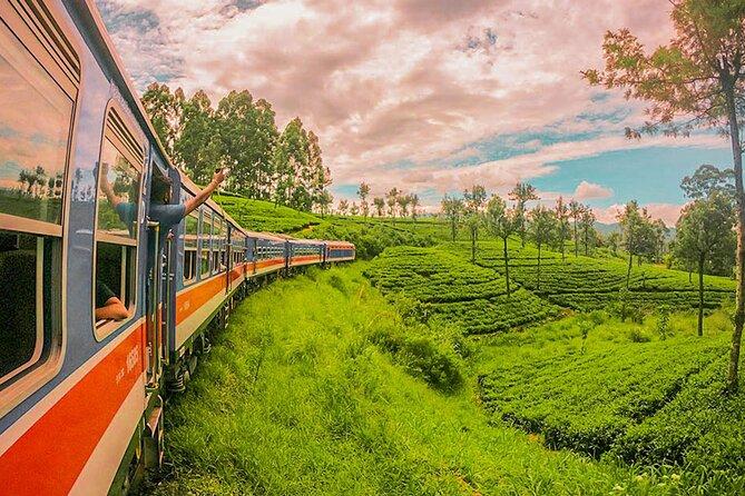 "Badulla to Peradeniya train ride on (Train No: 1002 ""Denuwara Menike"")"