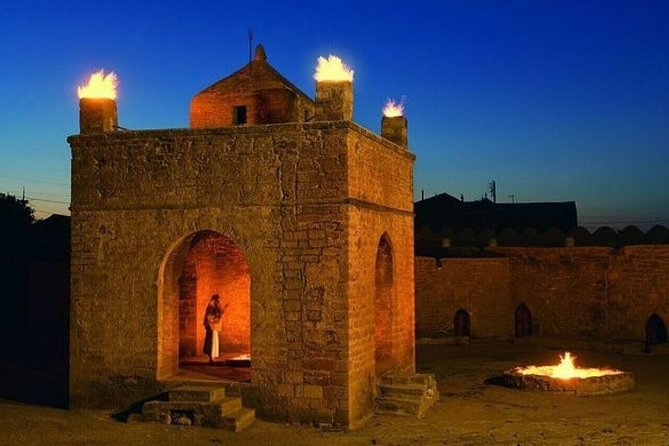 Baku unique highlights - Private guided tour - Solo/Small Group