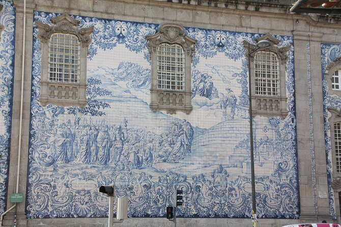 Guided Tour of Porto on the History of the Tile
