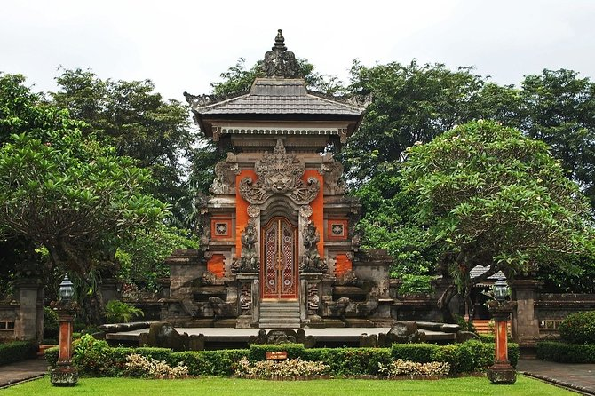 Must to do tour in Jakarta ;Private guided ;Solo;Small