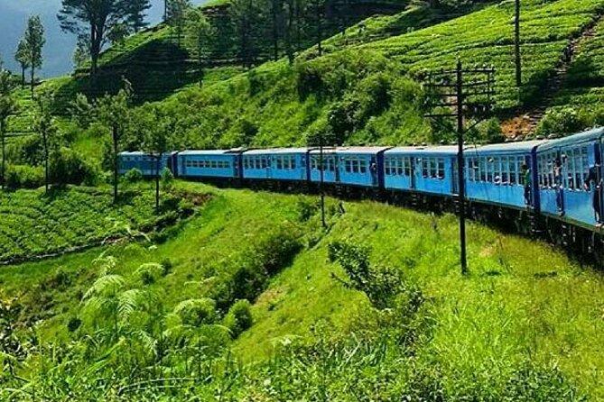 "Badulla to Colombo train ride on (Train No: 1006 ""Podi Menike"")"