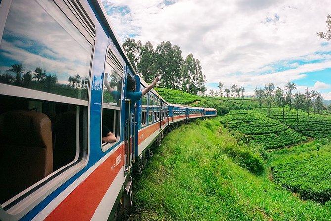 """Peradeniya to Nanu Oya train ride on (Train No: 1001 """"Denuwara Menike"""")"""