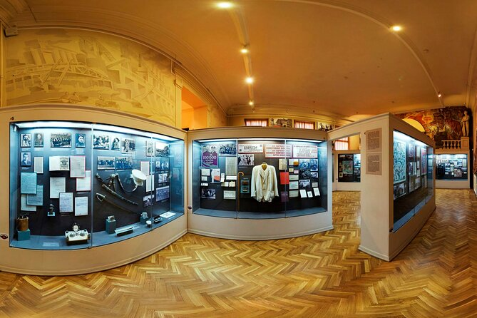 Private Political History Museum of Russia Guided Tour