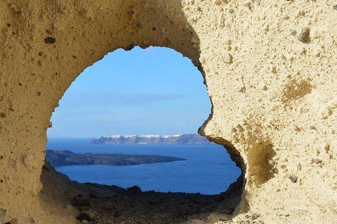 Εxplore The Beaches Of Santorini