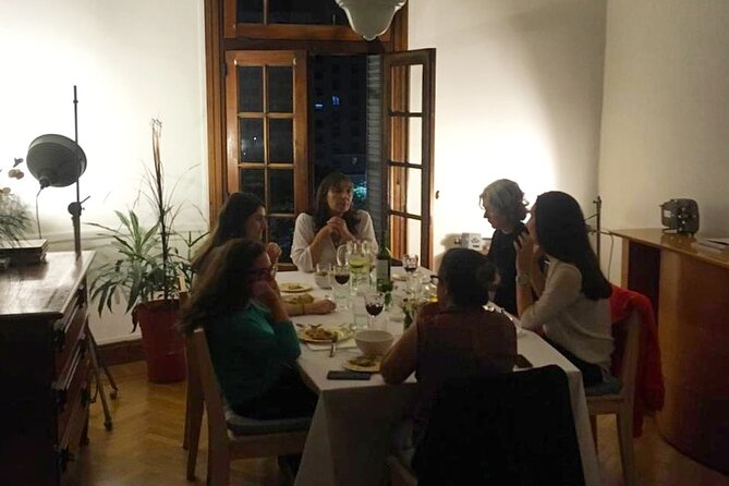Gourmet dinner in a 19th century Buenos Aires apartment for private groups