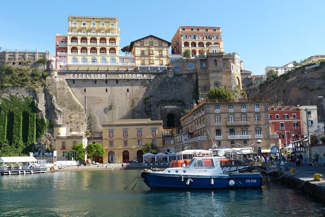 Sorrento: Eat like a Local - Street Food Tour with Local Guide