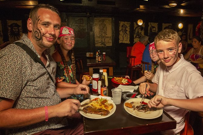Combo Premium Chichen Itzá Tour & Pirate Dinner Party in 2 days