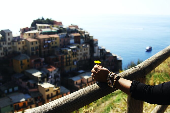 Private Tour of Trekking in Cinque Terre's with a local