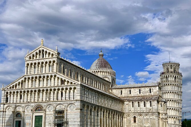 Touristic highlights of Pisa on a Private full day tour with a local