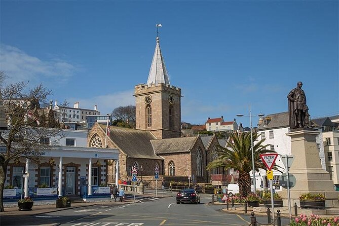 Guernsey City Tour - Walking Private Shore Tour