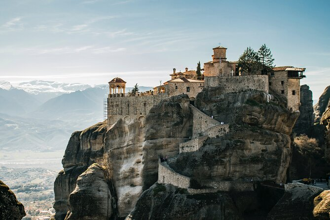 Greek Treasures 2 Days Private Tour: Meteora, Monasteries & Delphi
