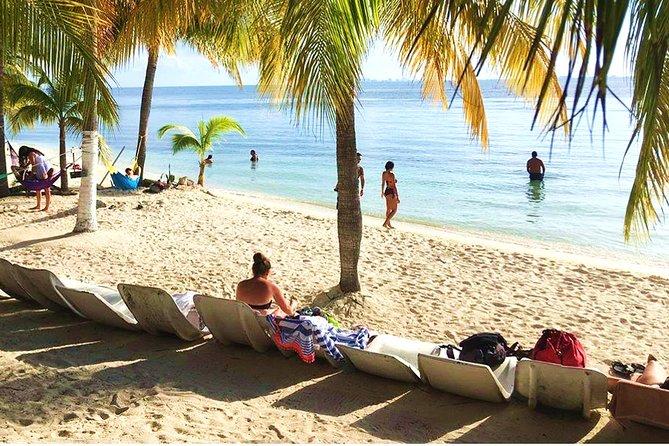 Catamaran in Cancun with Open Bar