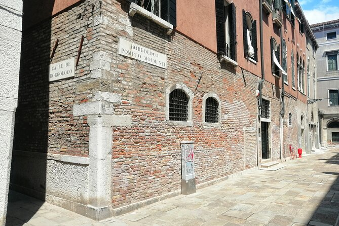 Natural History Museum in Venice with a Nature and Interpretive Guide