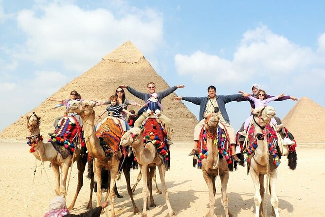 Pyramids of Giza and Great Sphinx Half Day Tour